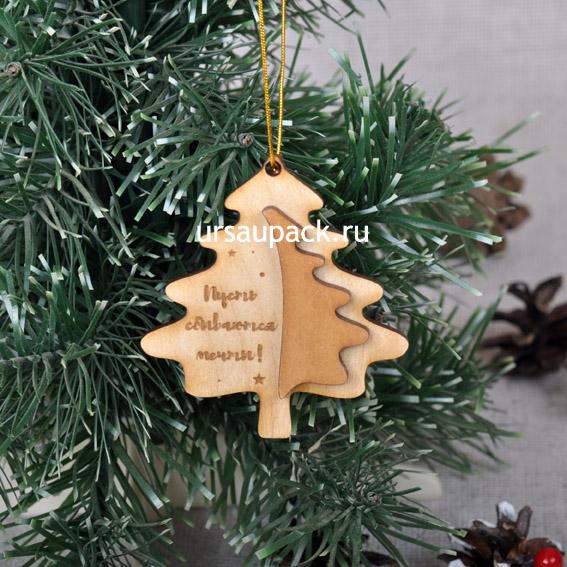 деревянная елка на Новый год