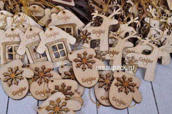 деревянные игрушки с логотипом